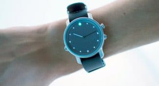 LunaR, a Solar Powered Smartwatch?